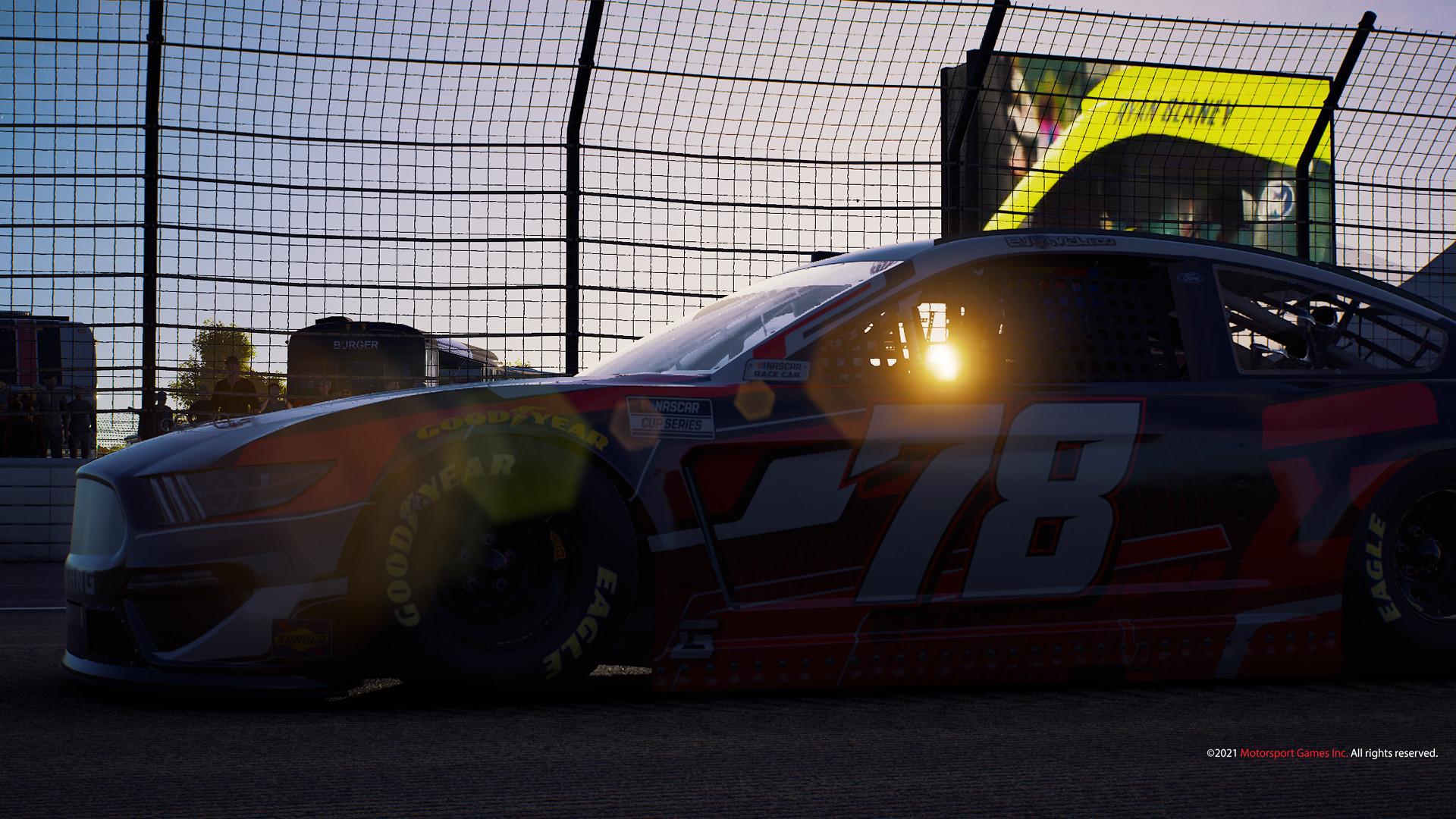 NASCAR 21 1
