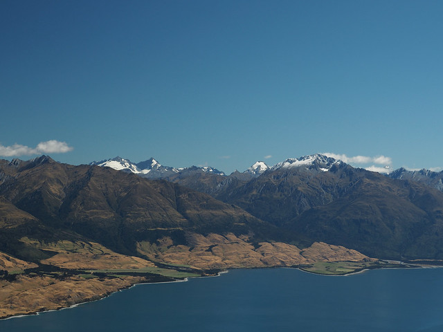 view from Isthmus Peak over Lake Wānaka