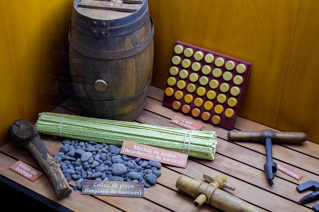 Utensilios para cultivar vino