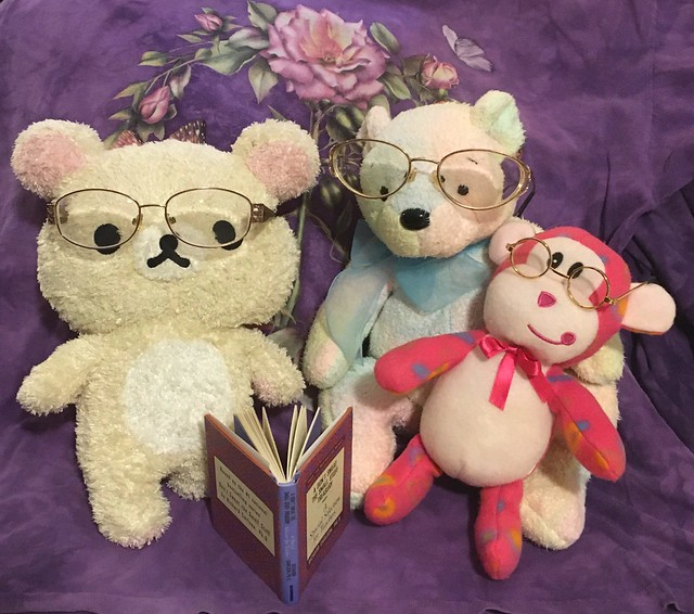 Teddies and Monkey reading a book📕 🐻🐻❄️🐵