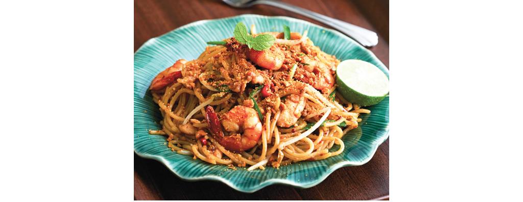 Spaghetti-Pad-Thai-with-Wholewheat-Pasta