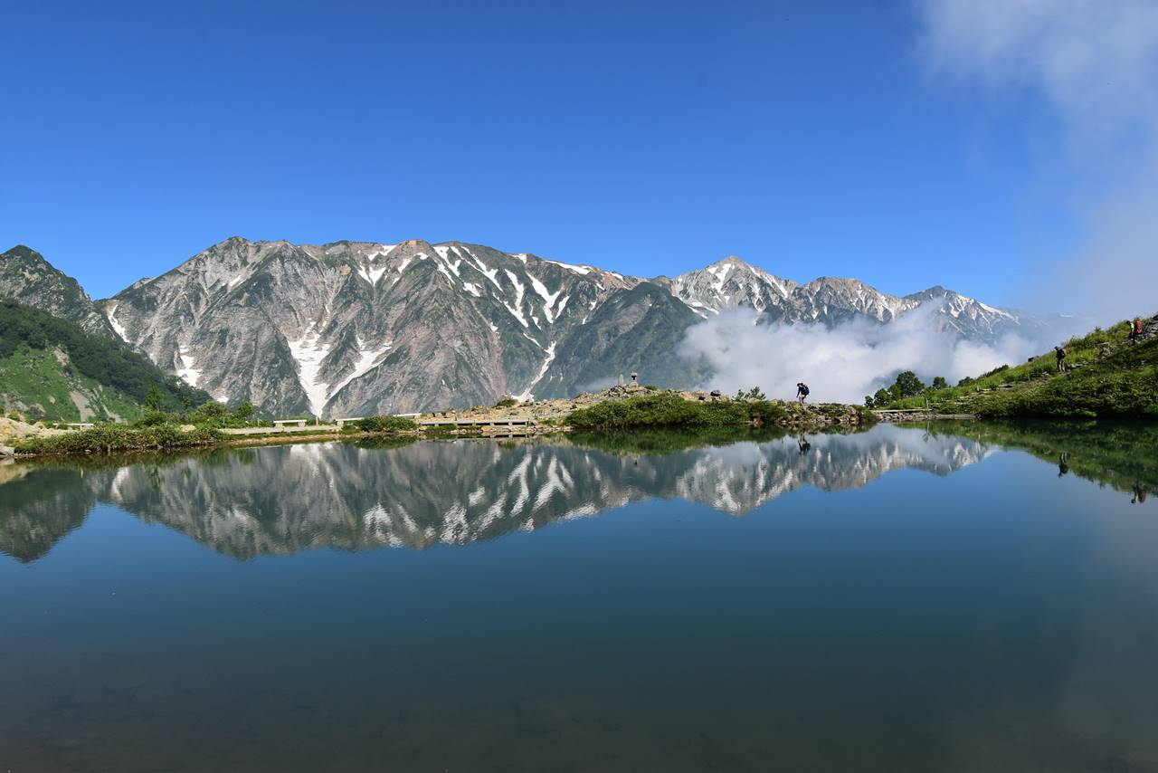 八方池からの白馬岳