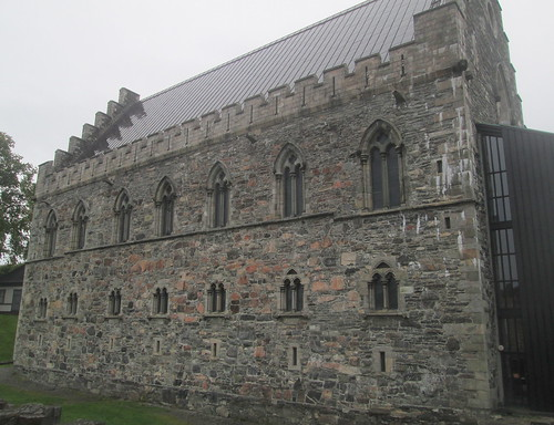 Hakon Hall, Bergen