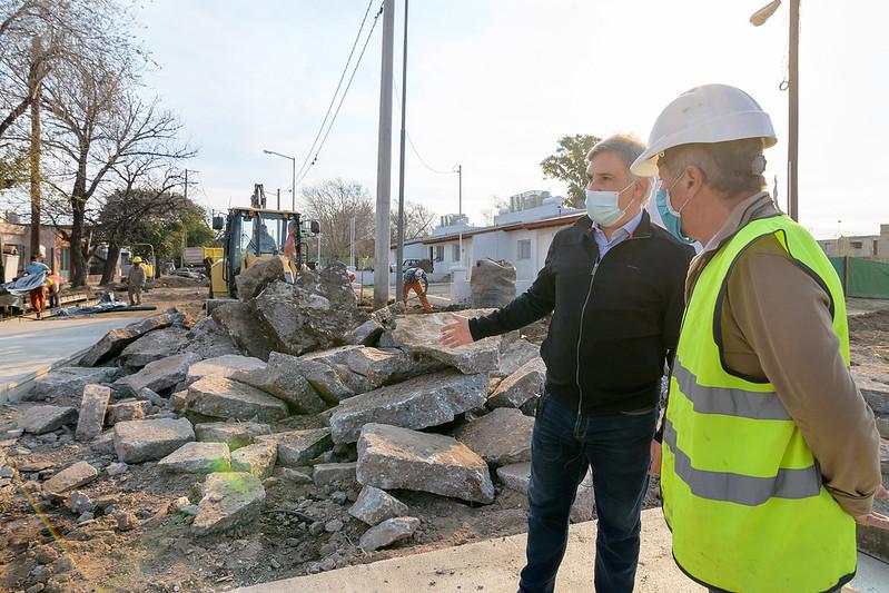 Se reconstruyen 550 metros de la calle Mariano Fragueiro