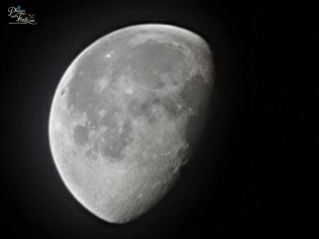 samsung s21 ultra half moon