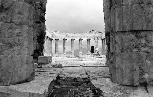 acropolis athensgreece january1974 jw kodakplusx35mmfilm pentaxspotmatic παρθενών parthenon photoarchives analogphotography