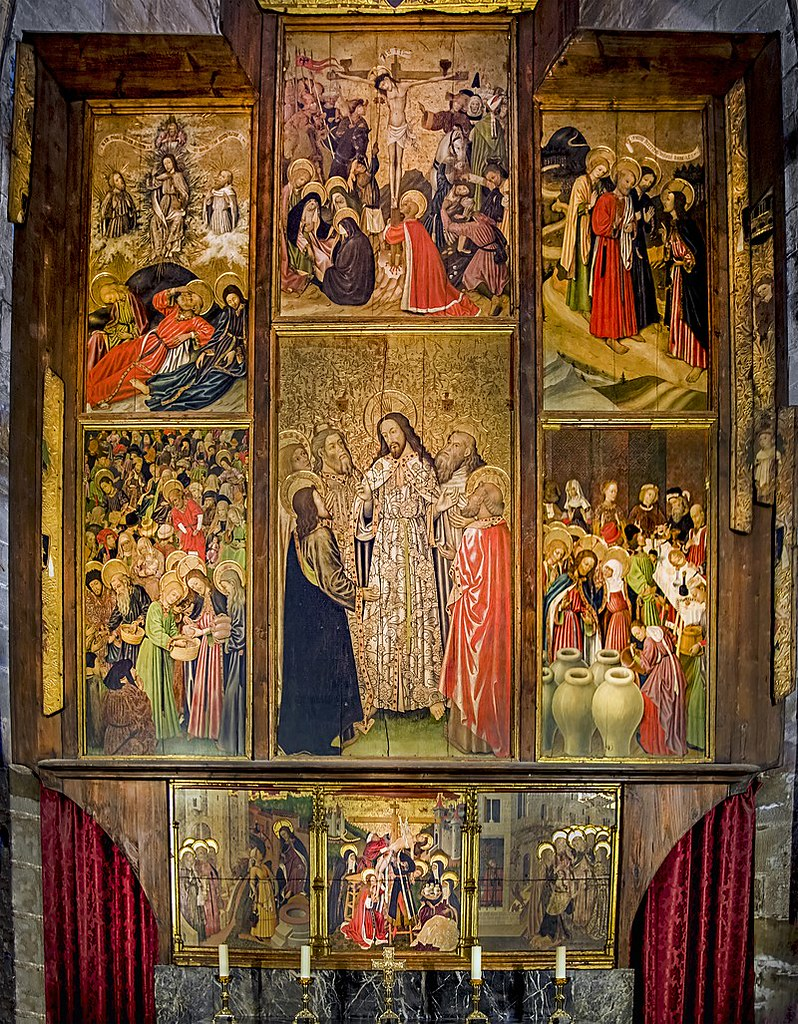 Barcelona_Cathedral_Interior_-_Altarpiece_of_the_Transfiguration_by_Bernat_Martorell
