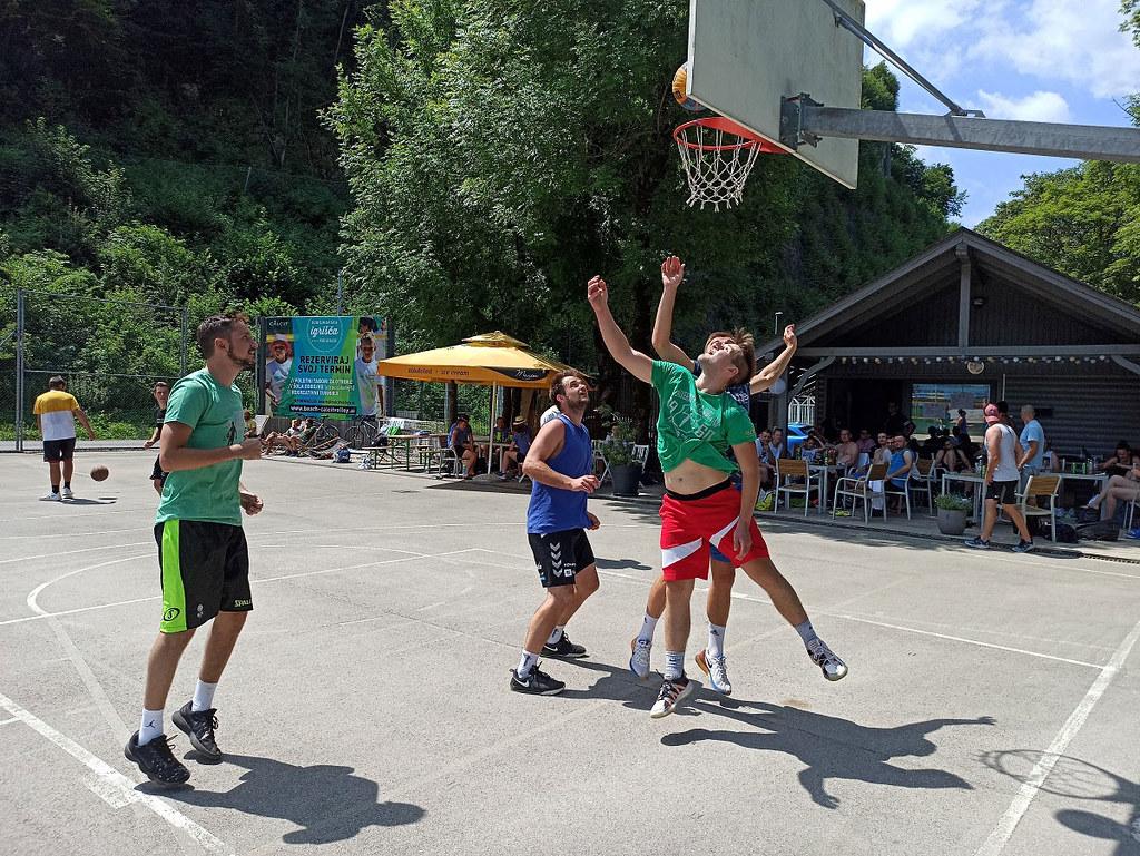 Cico team na vrhu 12. Kvadratlona Kamnik