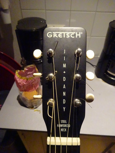 nieuw acoustisch gitaartje Roy Gretsch Jim Dandy