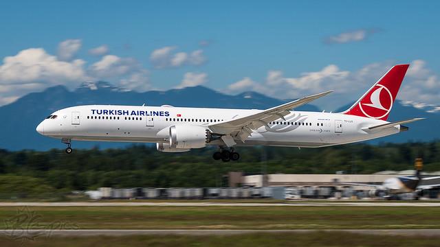 TC-LLO - Turkish Airlines - Boeing 787-9 Dreamliner