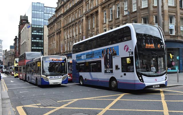 First Glasgow Alexander Dennis Enviro 400 MMC 33993HB Route 4