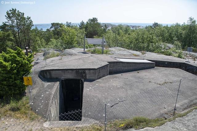Rannikkopuolustuksen jäänteitä Örön saarella