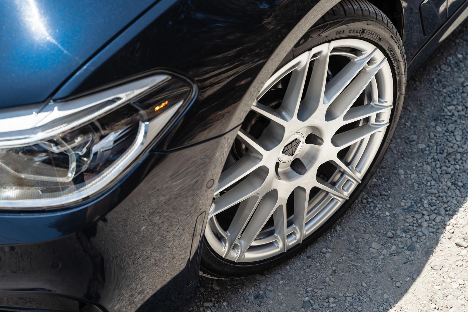 2017_BMW_530i_M_Sport_BDF12_Brushed_Silver_3