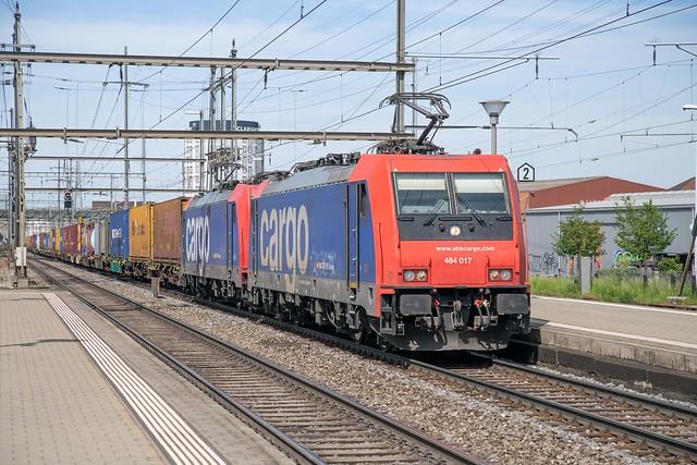 SBB Cargo 484 017 + 484 001 Pratteln