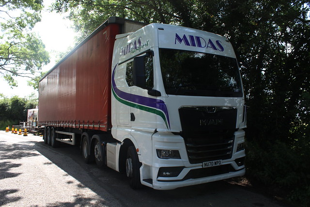 MAN TGX - Midas Transport