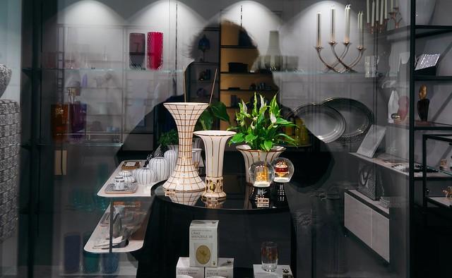 WW Window-shopping in Vienna...