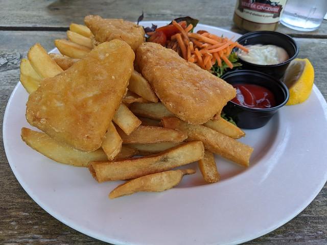 Vegan fisch and chips