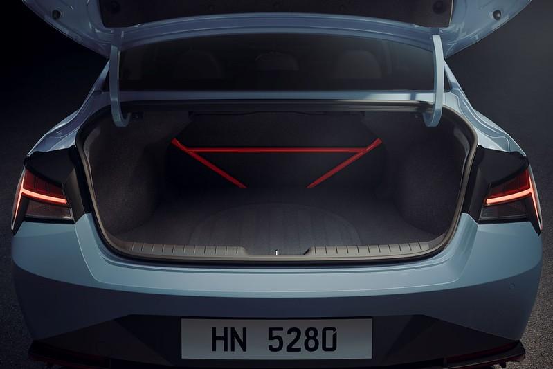 Hyundai-Elantra-N-i30 (3)