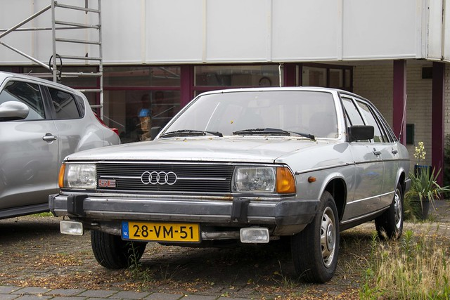 Audi 100 GL 5E (1978)