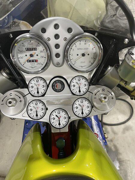 V11 clock installation