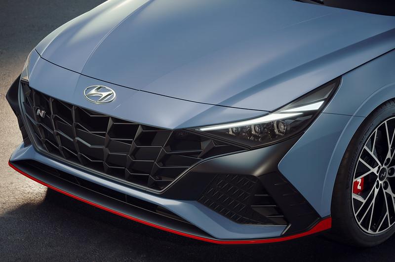 Hyundai-Elantra-N-i30 (4)