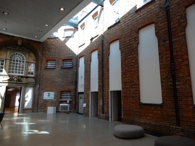 Northampton Museum & & Art Gallery