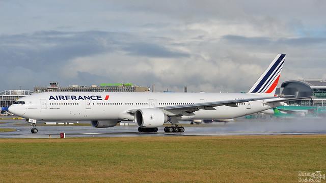 Air France 🇫🇷 Boeing 777-300 F-GSQS
