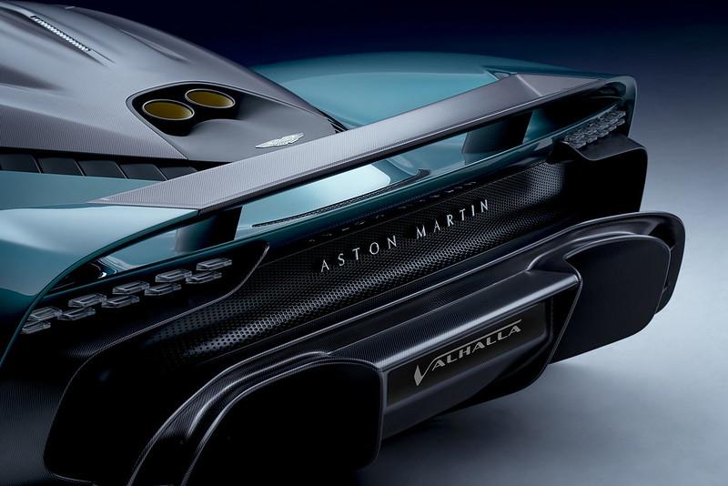 Aston-Martin-Valhalla (6)