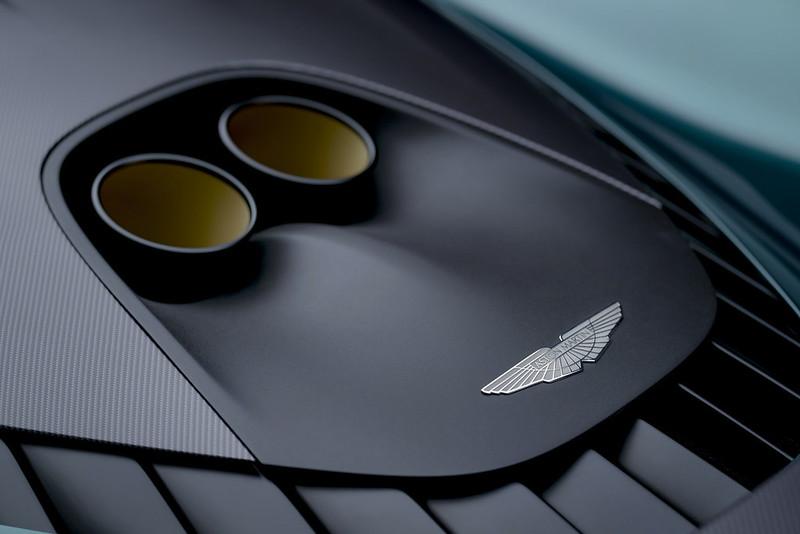 Aston-Martin-Valhalla (10)