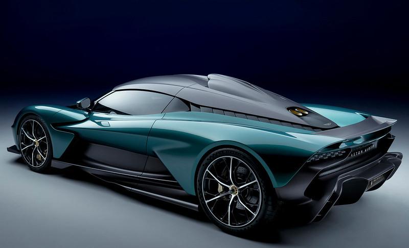 Aston-Martin-Valhalla (3)
