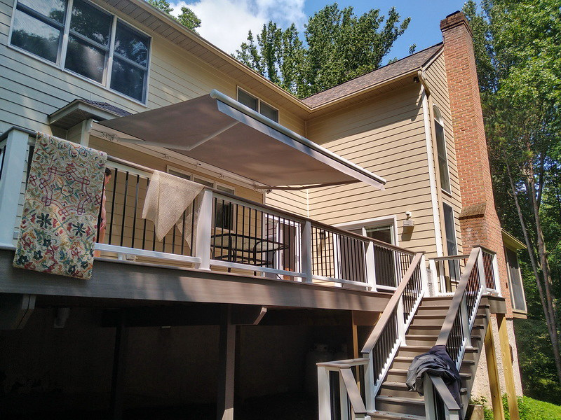 retractable-awning-straight-valance