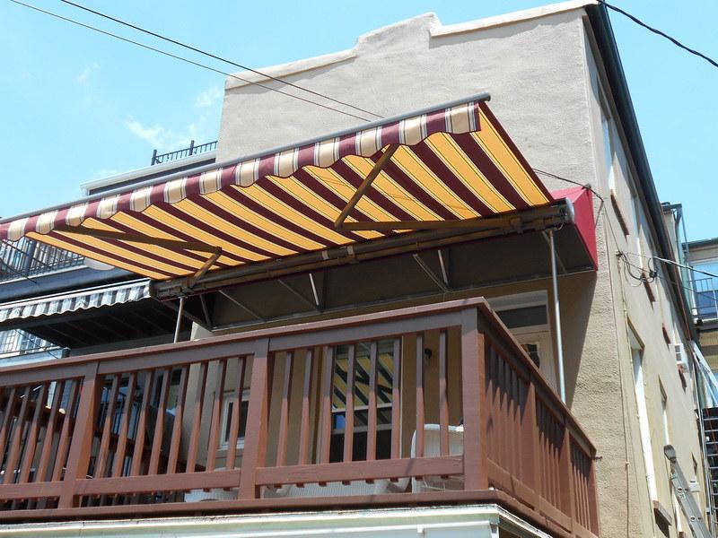 deck-awning-hoffman-awning