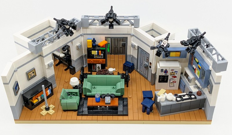 21328: Seinfeld LEGO Ideas Set Review