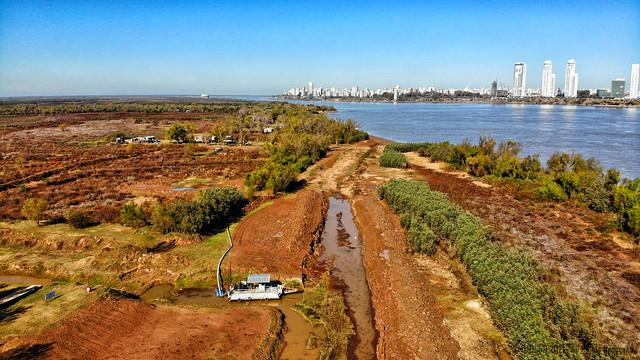 Desde el Arroyo Ludueña hasta el canal El Cañito, y Laguna El Embudo en la la Isla La Invernada, peor que en el 2001