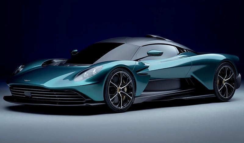 Aston-Martin-Valhalla (2)