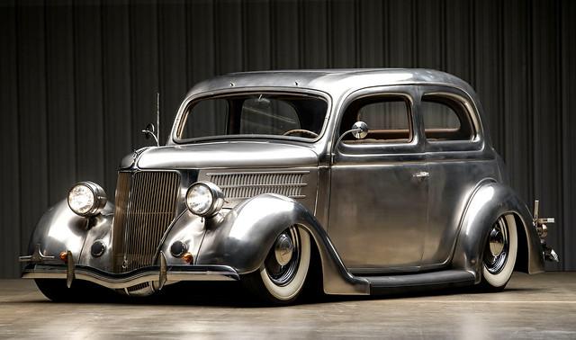 1936-Ford-Tudor-Deluxe-Touring-Sedan