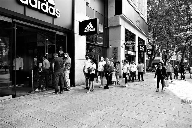 They all need new shoes - Hamburg City