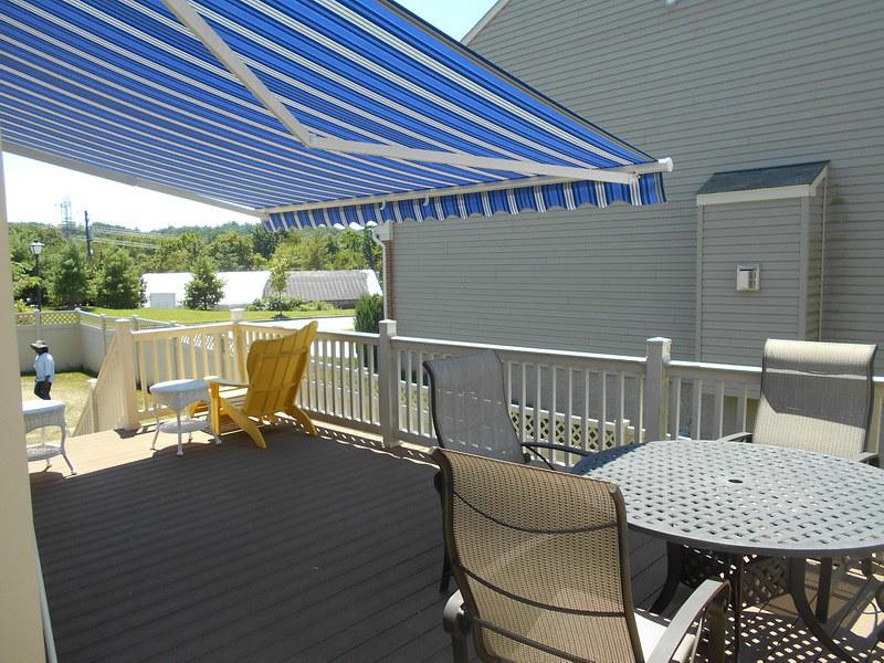 retractable-deck-awning-hoffman-baltimore_24076664665_o_2