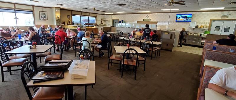 Woody's Family Restaurant, El Paso, IL - Interior