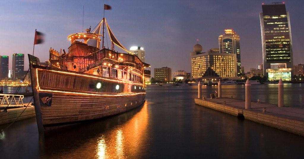 unforgettable Dubai Cruise experience