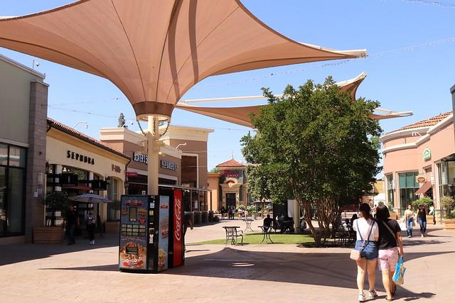 Fashion Fair Mall