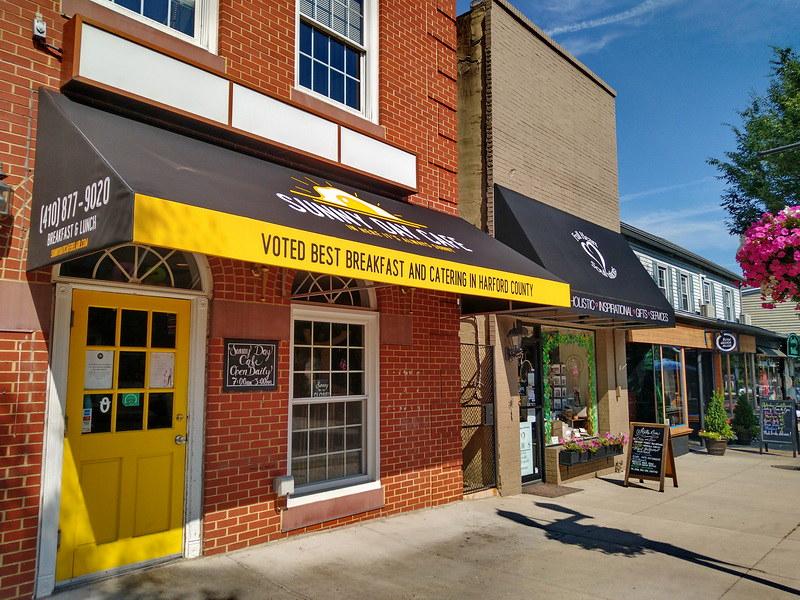 graphics-logo-storefront-awning-baltimore