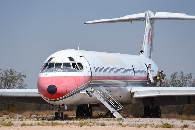 Former China Eastern MD-82 B-2131