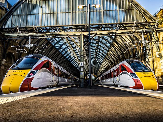 'Seeing Double' LNER Azuma 801206 / 800108 - London King's Cross
