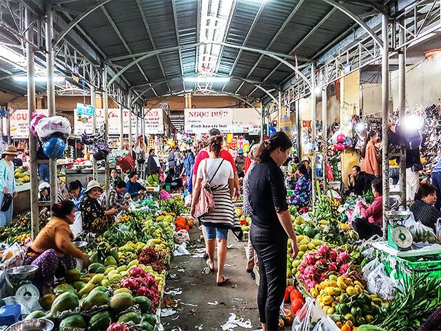 xom-moi-market-nha-trang