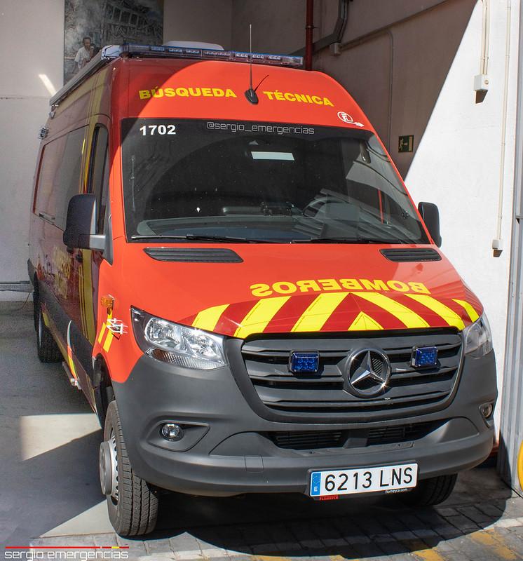 NUEVA Mercedes Sprinter furgón de búsqueda técnica (Detección de víctimas en estructuras colapsadas) perteneciente a los Bomberos de Madrid y ubicada en el Parque 2 (Ventas).