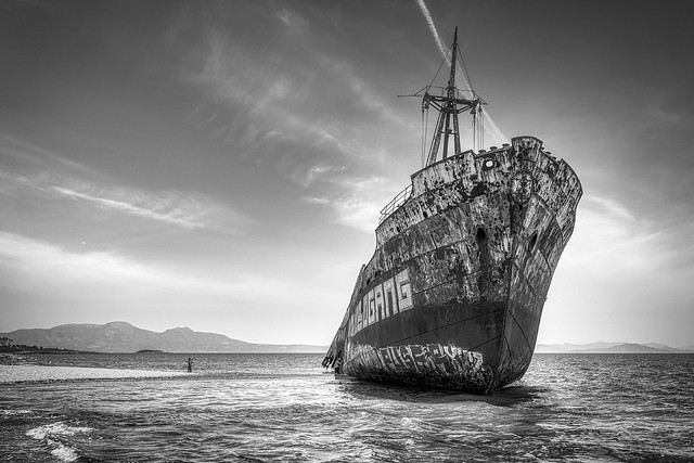 Capturing the Shipwreck