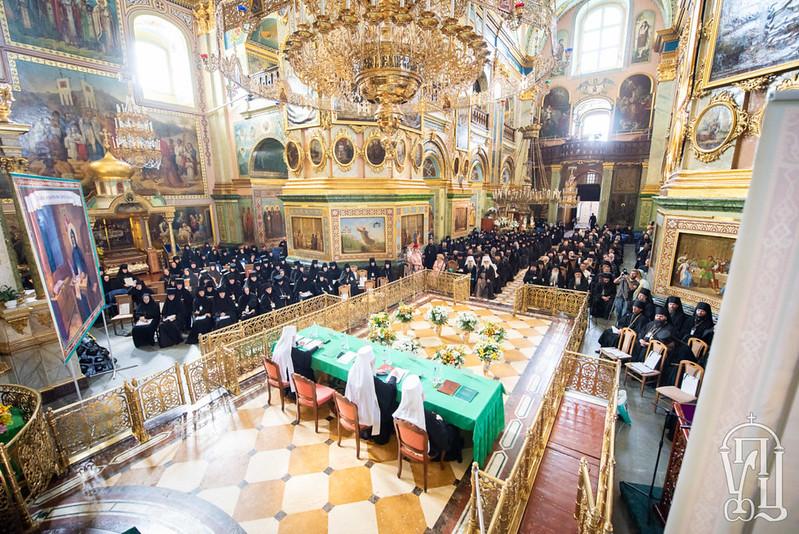 Зібрання-настоятелів-та-настоятельниць-монастирів-Української-Православної-Церкви-17-1200x801