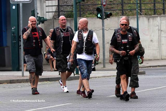 """17.07.2021 Frankfurt (Oder): Neonazistischer Aufmarsch der """"Bruderschaft Wolfsschar"""""""
