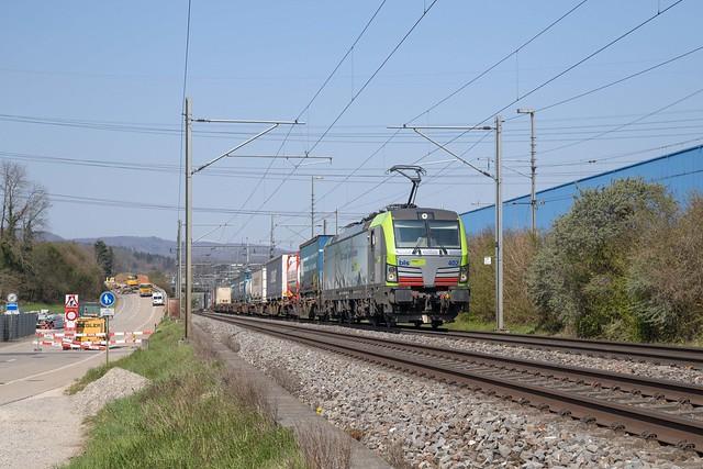 BLS Re 475 402 Itingen
